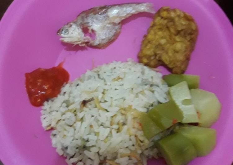 Nasi liwet rice cooker - cookandrecipe.com