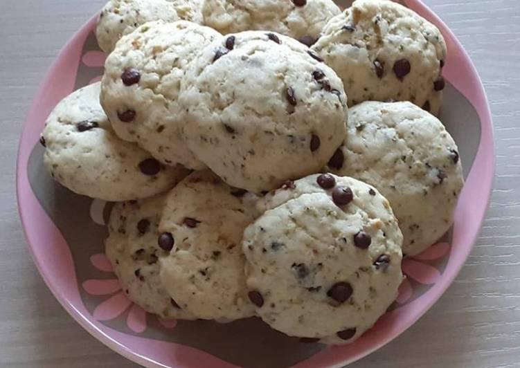 Ricetta Cookies leggeri con granella di pistacchi e cioccolato fondente