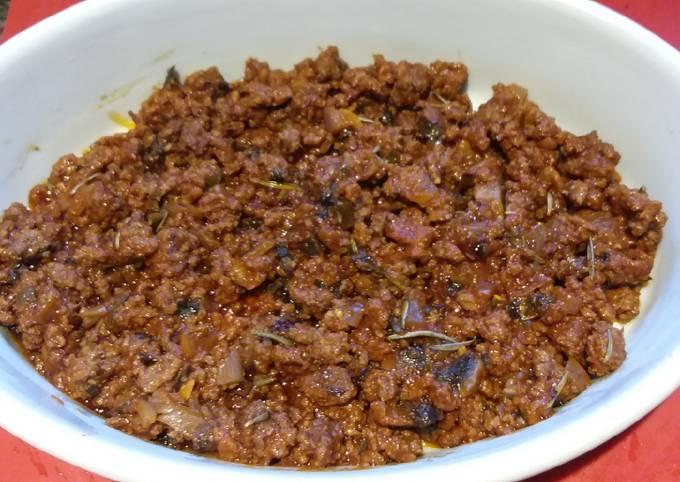A Hearty Beef Casserole 🇮🇹🐂🍅🍄🍷🍜