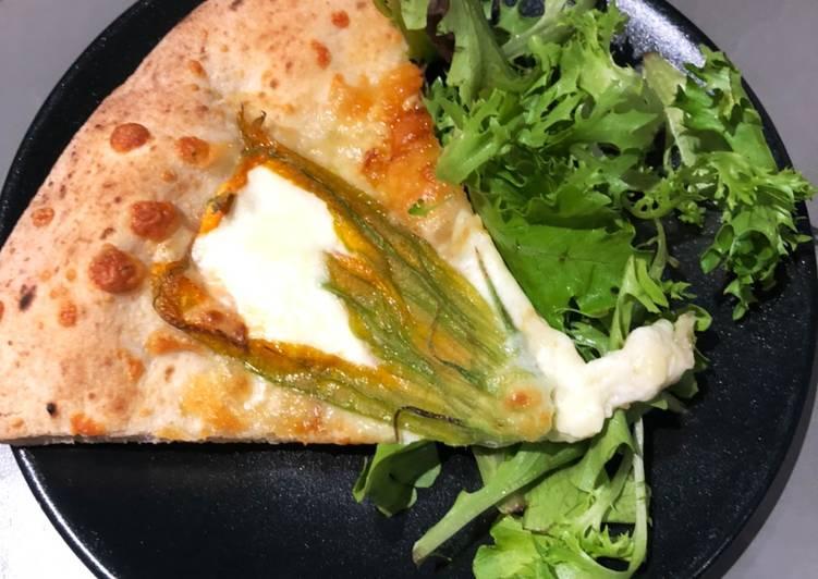Recette  Pizza mozzarella fleur de courgettes