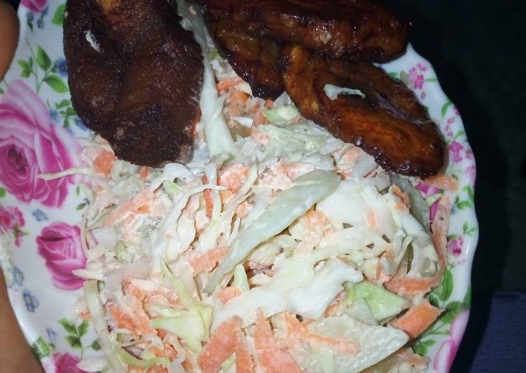 Coleslaw Salad with Plantain and Meat