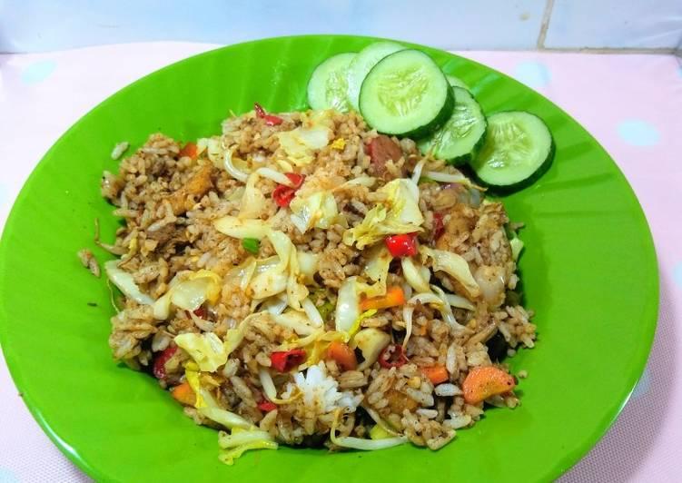 Resep Nasi goreng bumbu rawon II yang Bisa Manjain Lidah