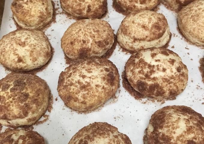 Recipe: Yummy Cinnamon biscuits