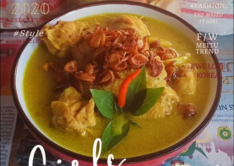 Opor Ayam Kuning