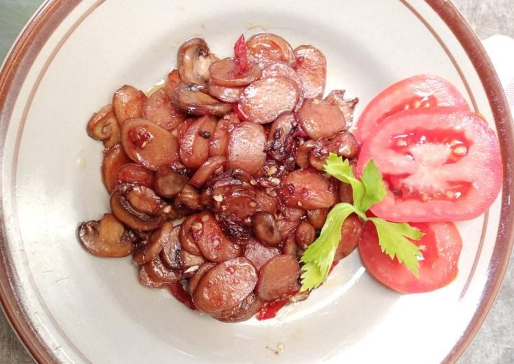 Tumis jamur kancing+sosis