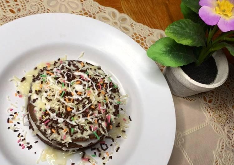Pancake coklat keju lumer