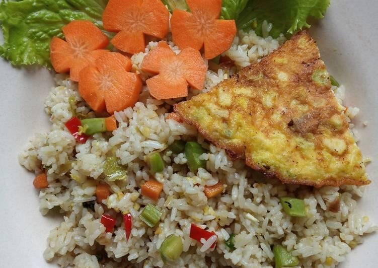 Nasi Goreng Putih Bonggol Brokoli
