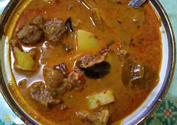 Kari daging kental ekstra pedas