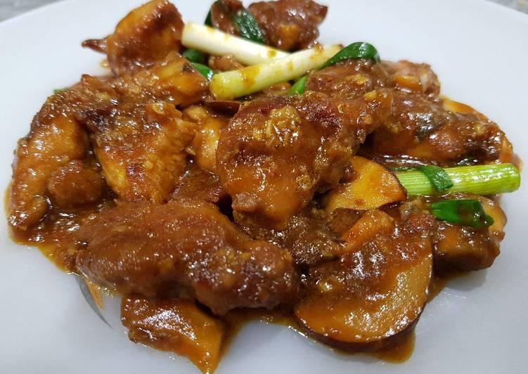 Chinese Stir Fried Chicken Curry