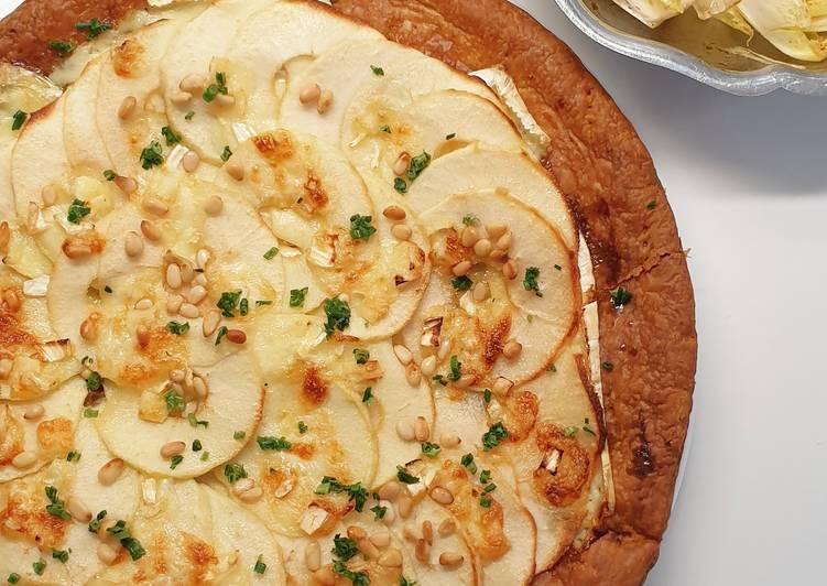 Tarte fine au brie, pommes vertes et miel