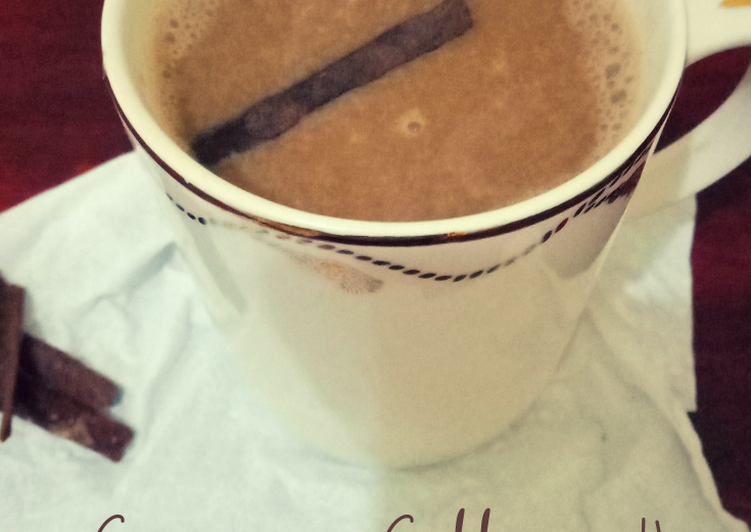 Cinnamon coffe milk