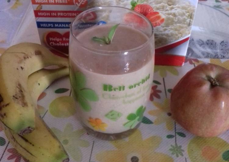 Oats and fruits smoothie