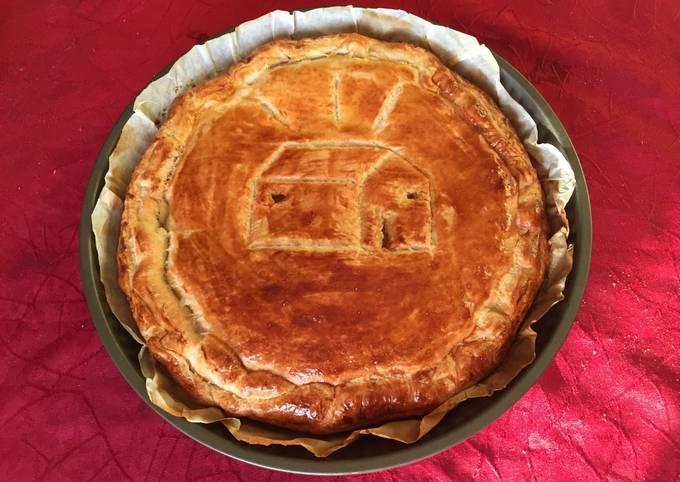 Galette des Rois mi-amande, mi-crème pâtissière