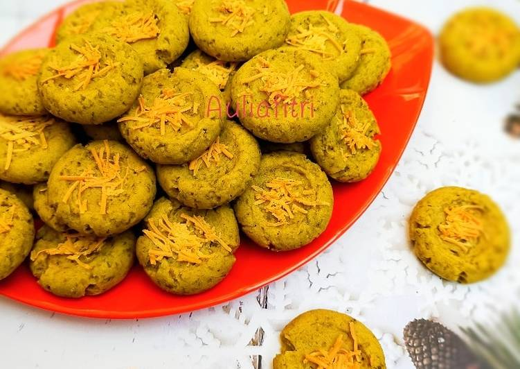 Kue kering kacang hijau/kacang hijau cookies/green beans cookies