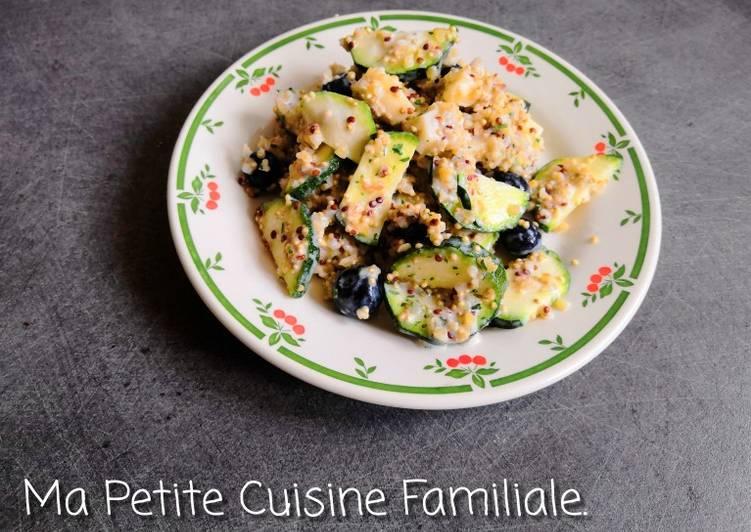 Salade quinoa/boulghour, courgette, fromage et myrtilles