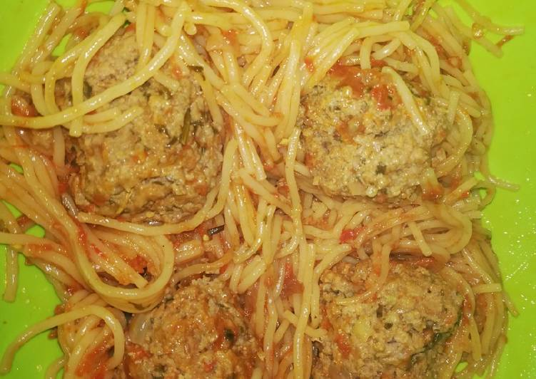 Recipe of Homemade Spaghetti Meatball #4weekschallenge #charityrecipe