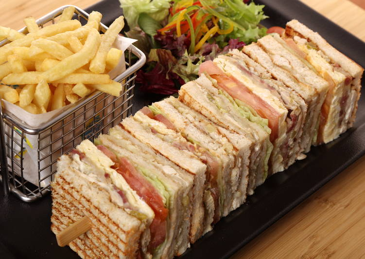 How to Prepare Appetizing Club sandwich