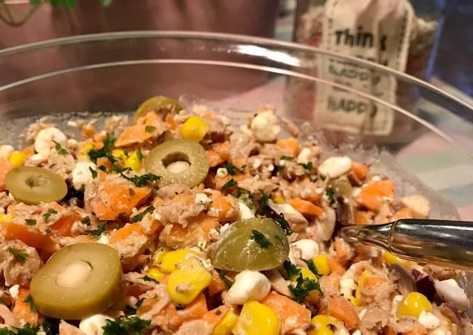 Rezept Um Preisgekrönte Thunfischsalat mit Möhren und körnigem Frischkäse zuzubereiten