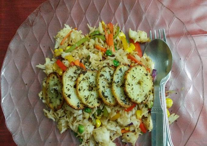 Veg fried rice with grilled potato