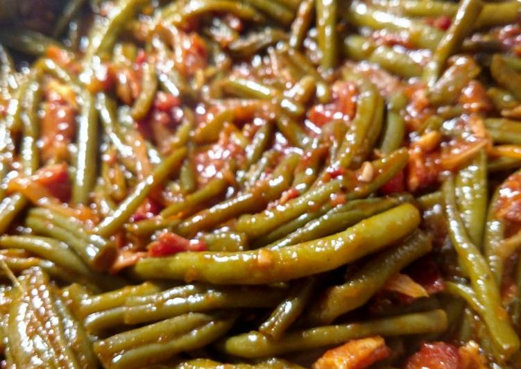 Slow Cook Southern Green Beans