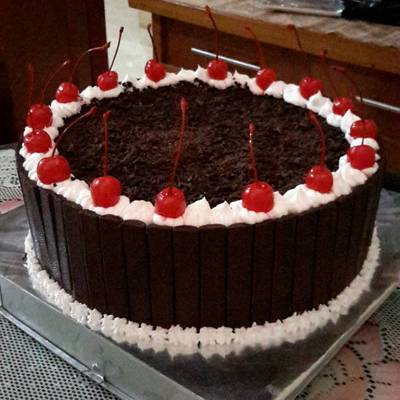 Black forest cake recipe by me, enaaaaak bgt lhoo :)