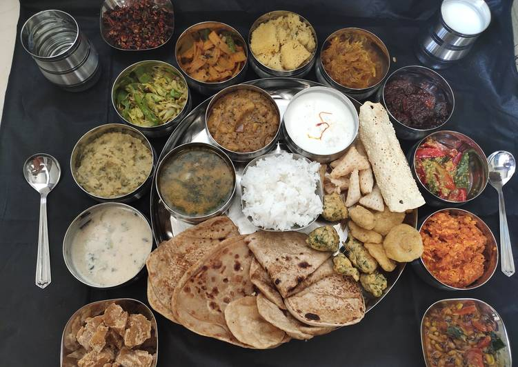 What is Dinner Easy Vegan Traditional Gujarati Thali