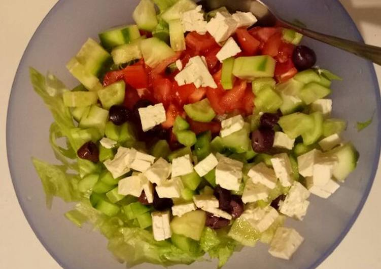 Recipe: Perfect Simple Greek Salad