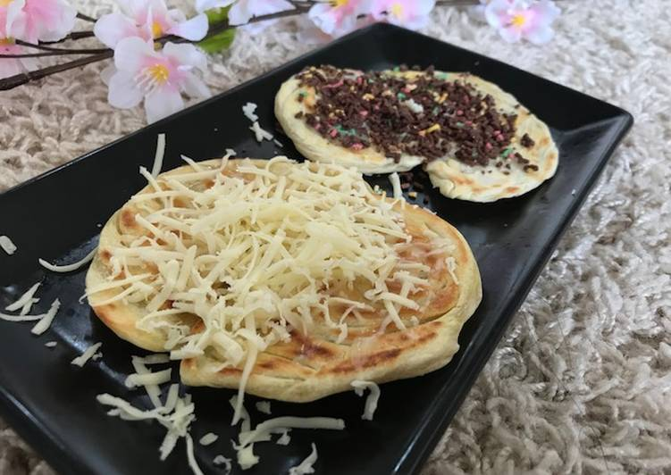 Roti Canai Choco-Cheese