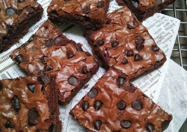 Resep Chewy Brownies Tips Sukses Shiny Crust Oleh Dapurvy Cookpad