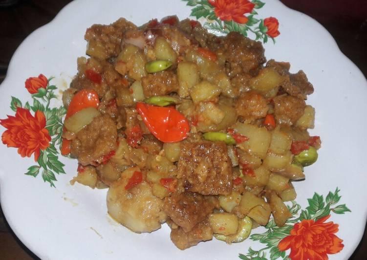 Sambel goreng kentang krecek