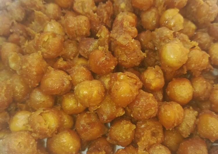 Step-by-Step Guide to Prepare Perfect Deep fried chick peas