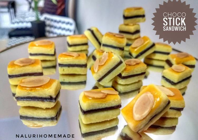 14.2020.Choco Stick Almond Sandwich Cookies