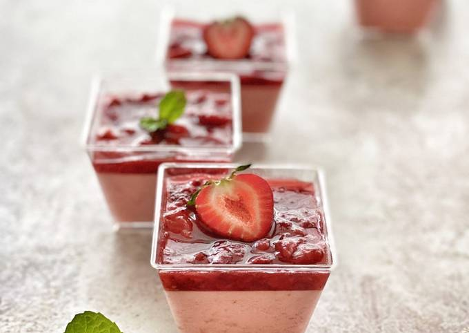 Strawberry Compote Pudding