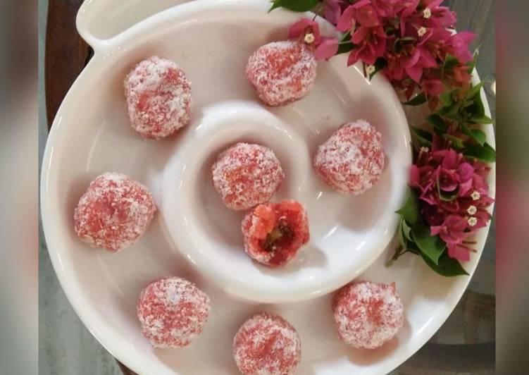 Steps to Prepare Ultimate Paneer Petha & Coconut ke sweet rosy Laddoo