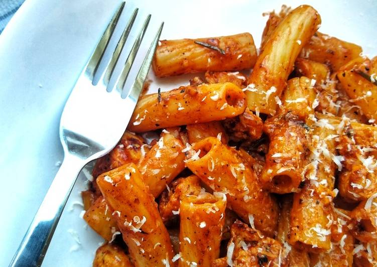 Step-by-Step Guide to Make Quick Rigatoni With Sausage Meat, Chilli & Rosemary