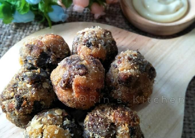 Aubergine and Mushroom Balls