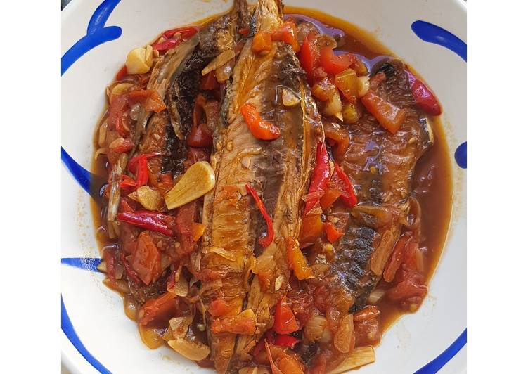 25. Ikan Tongkol Pedas Gurih ala Sarden Kalengan 😋🐟