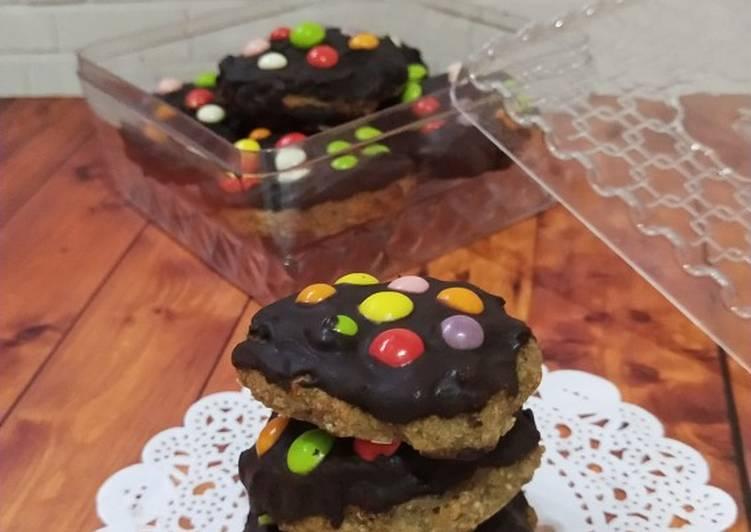 Chocolate Dipped Banana Oat Cookies