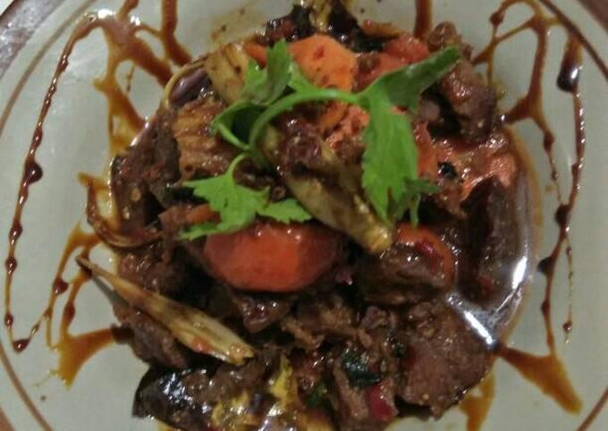Semur daging sapi serat laos