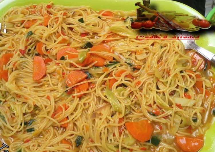 Steps to Make Award-winning Jallof spaghetti