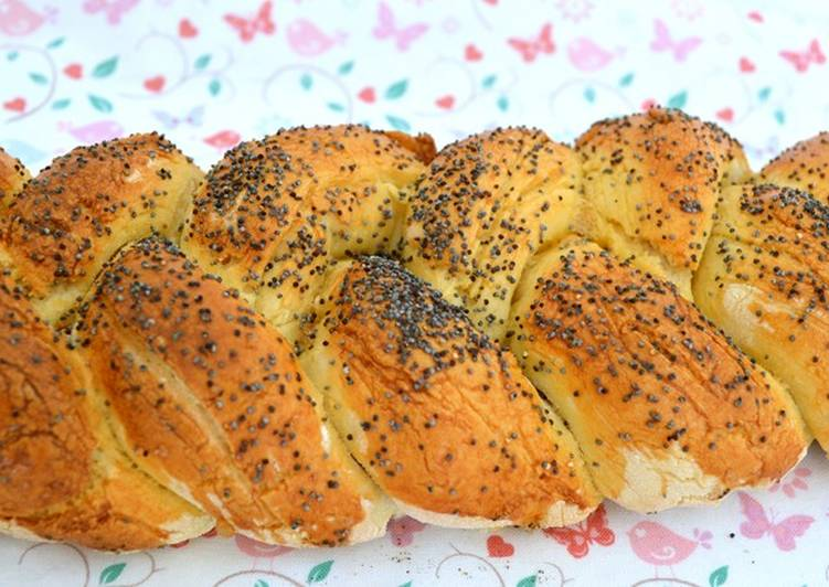 Steps to Prepare Super Quick Homemade Challah Bread