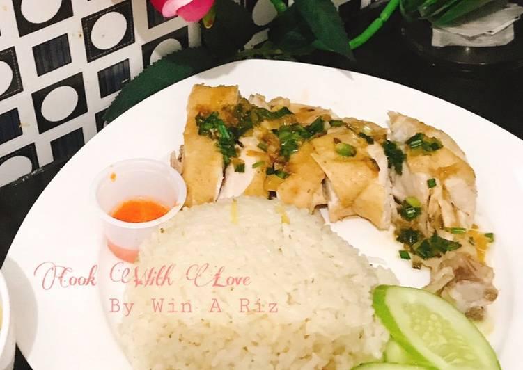 Hainanese chicken rice / Nasi Ayam
