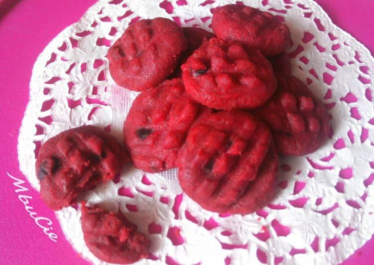 Red Velvet Choco Cookies