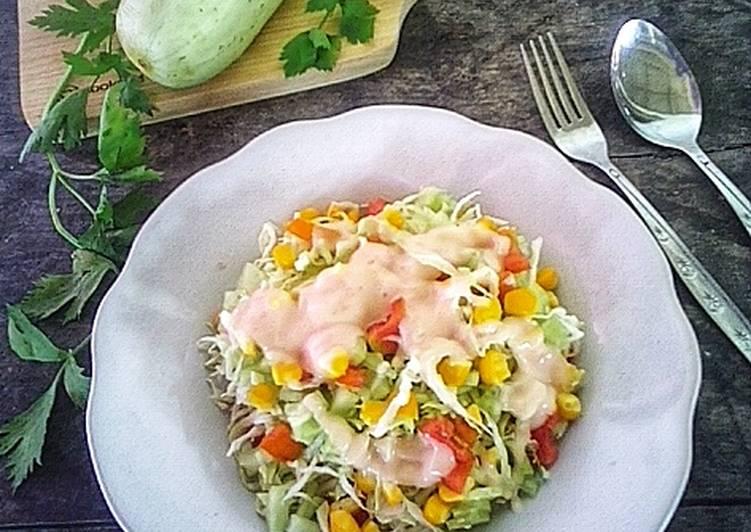 Salad Sayur Simple Untuk Isian Dadar Gulung
