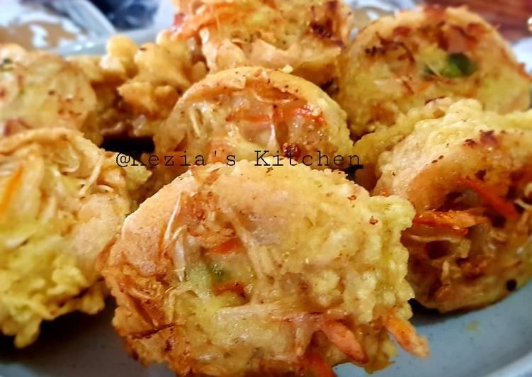 Steps to Prepare Award-winning Tahu Berontak (Fried Stuffed Been Curd)