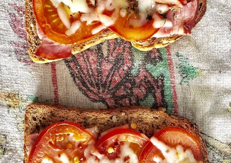 Simple Way to Make Super Quick Homemade Toasted Ham & Tomato Sandwich
