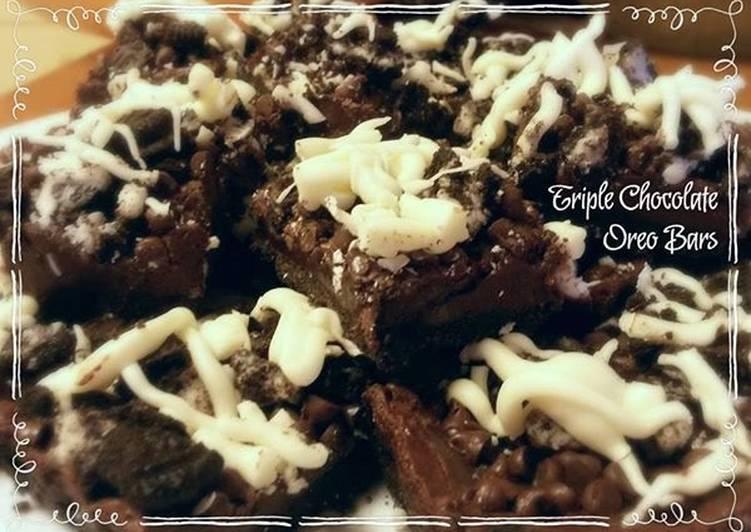 ~ Triple Chocolate Oreo Bars ~