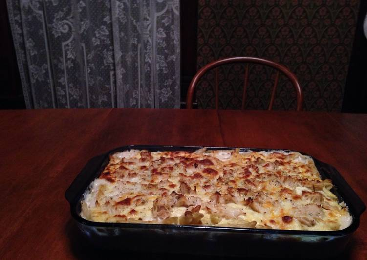 Easy Creamy Chicken Ziti Bake