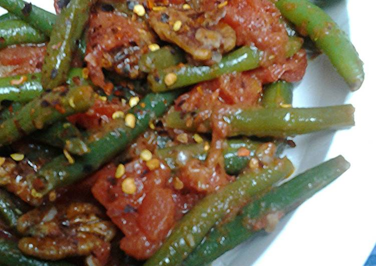 Easiest Way to Make Super Quick Homemade Spicy green beans, tomatoes, and pecans