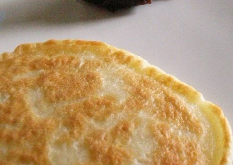Chewy and Fluffy Pancakes with Flour & Milk